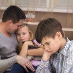 Wer in einer Patchworkfamilie lebt, sollte die Erbfolge durchdenken.