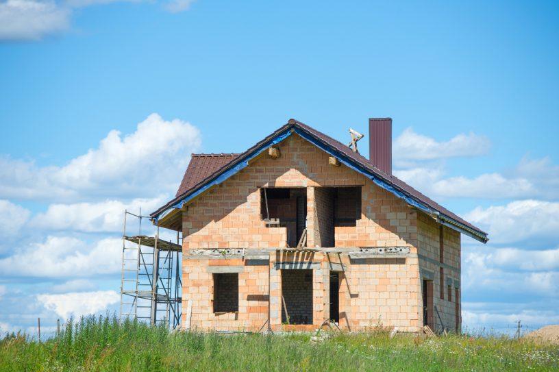 Immobilienkäufer sollten den Ablauf des Kaufgeschäfts kennen.