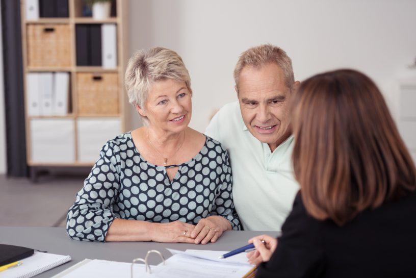 Privat aufgesetzte Patienten- und Betreuungsverfügungen bieten großen Spielraum für Anfechtungsgründe. Bei Verlust gibt es keine Möglichkeit, die darauf vereinbarten Forderungen wirksam zu machen.
